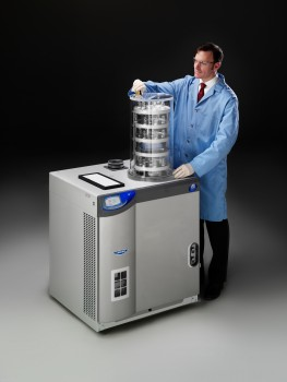 12 liter FreeZone Freeze Dryer with shell freezer and clear chamber