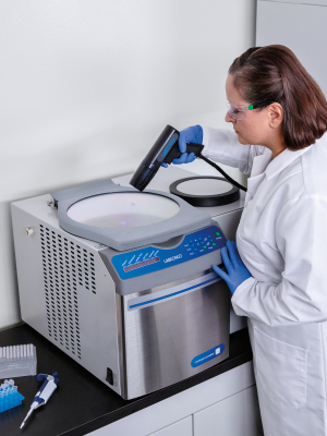 CentriVap Complete Vacuum Concentrator with Scientist