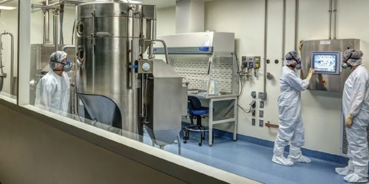 Labconco XPert Enclosure in Catalent Clean Room - Photo Courtesy Catalent Pharma Solutions
